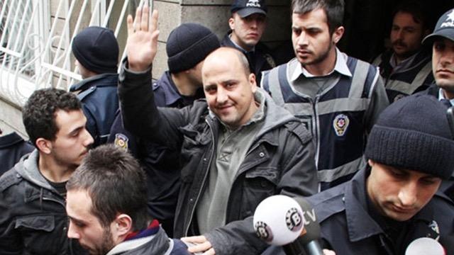 Prominent journalist Ahmet Şık arrested
